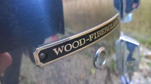 Pearl wood Fiberglass logo